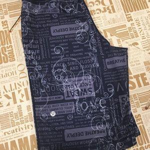 Lululemon Manifesto clam digger shorts GUC